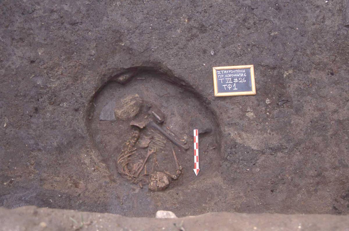 Εικ. 7. Νεολιθική ταφή.
