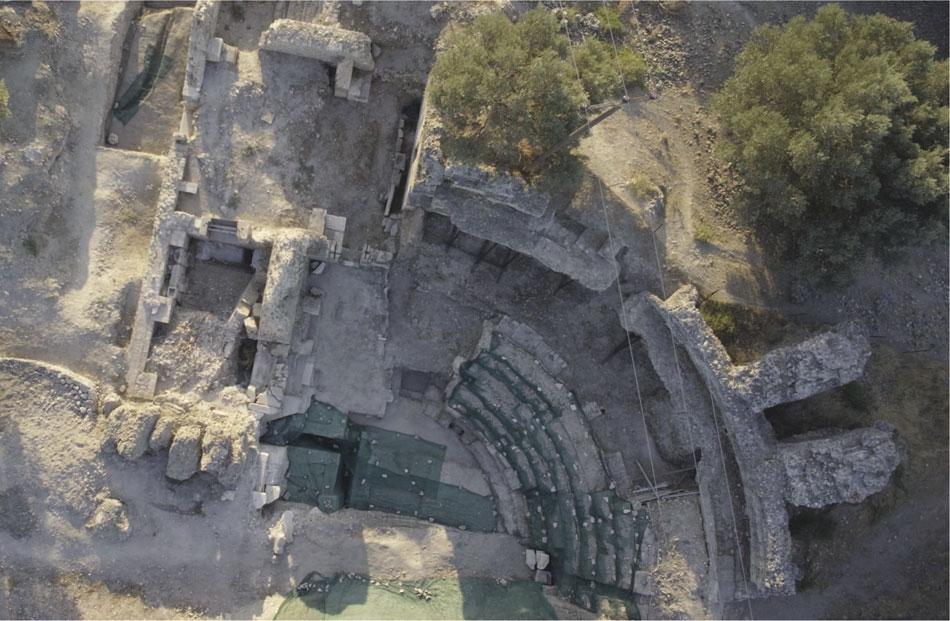 Γόρτυνα. Το θέατρο του Πυθείου (φωτ. Ιταλική Αρχαιολογική Σχολή Αθηνών).