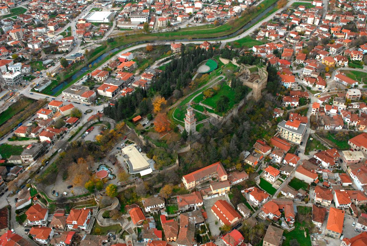 Εικ. 4. Αεροφωτογραφία κάστρου Τρικάλων. Πηγή: αρχείο 19ης ΕΒΑ.