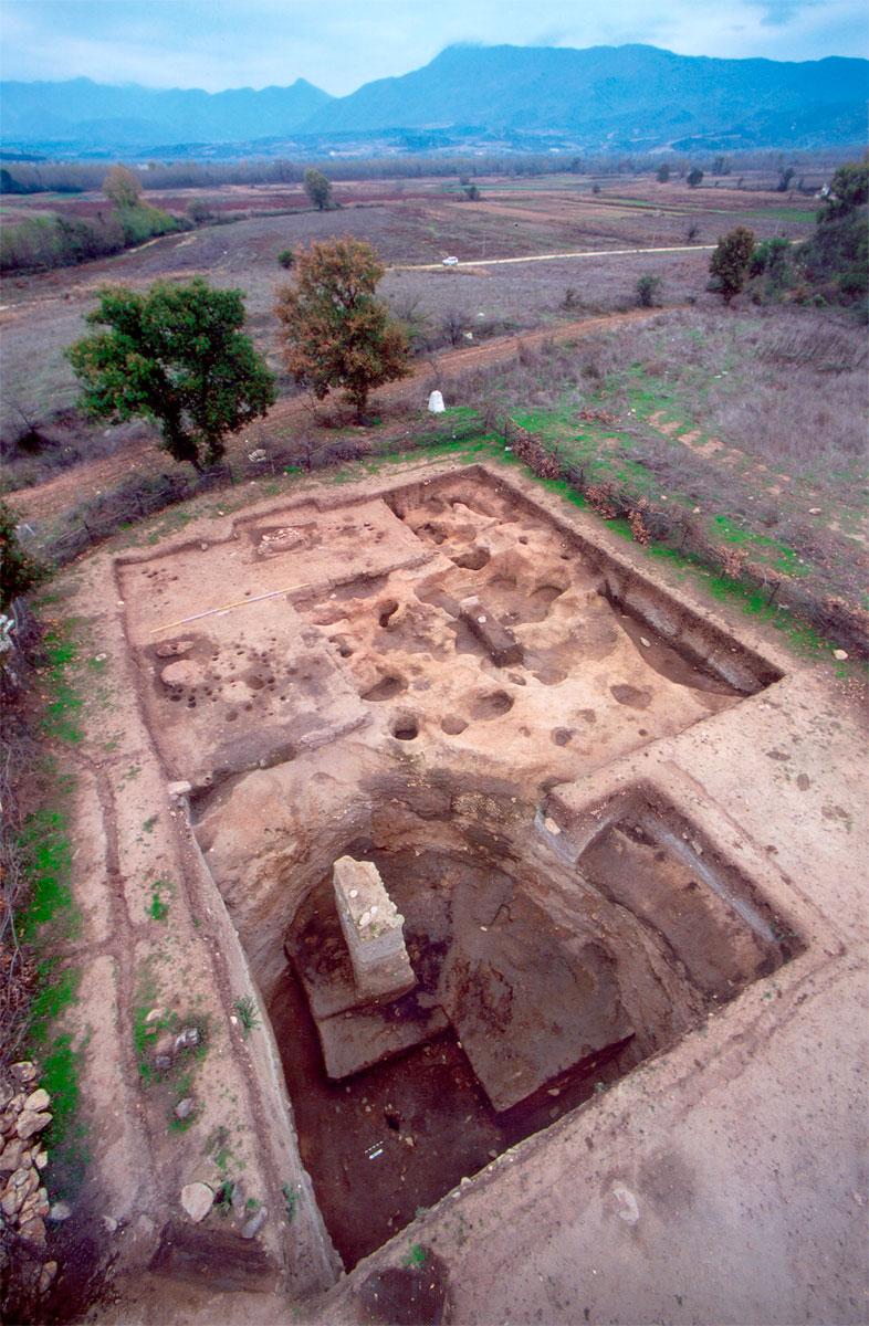 Εικ. 3. Ο μεγάλος υπόσκαφος χώρος 4 του ελληνικού ανασκαφικού τομέα.