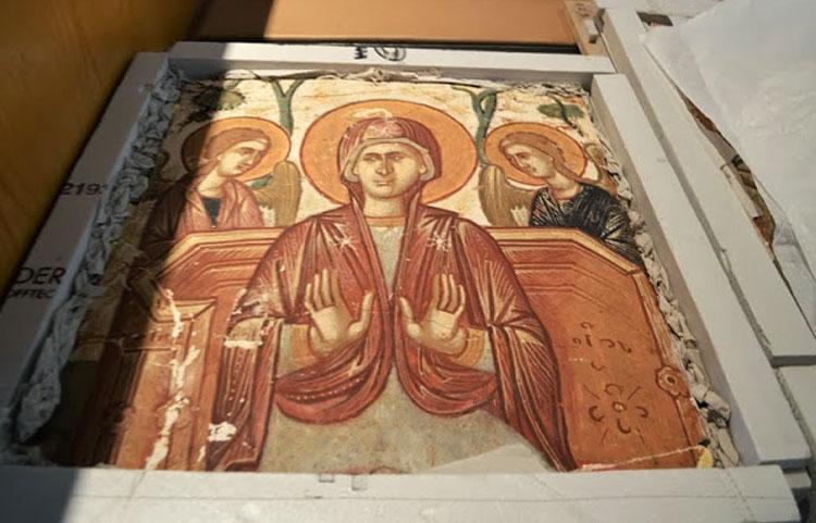 Εικ. 4. Η Παναγία στον Παράδεισο. Σπάραγμα από την παράσταση της Δευτέρας Παρουσίας από τη Μονή Χριστού Αντιφωνητή στην Καλογραία, αρχές 16ου αιώνα.