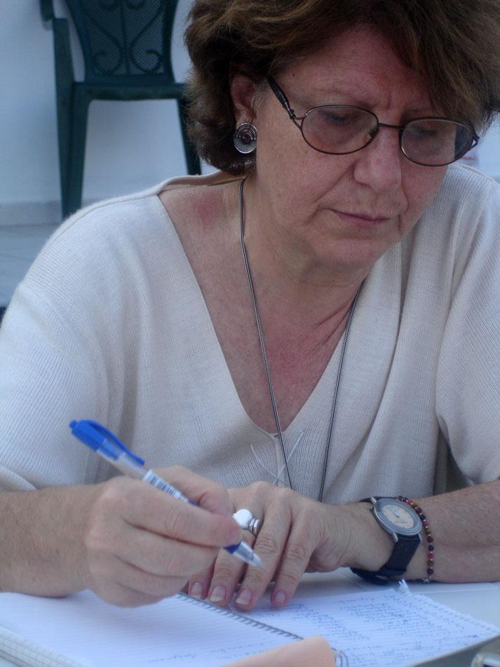 Η Ρένα Λουτζάκη.