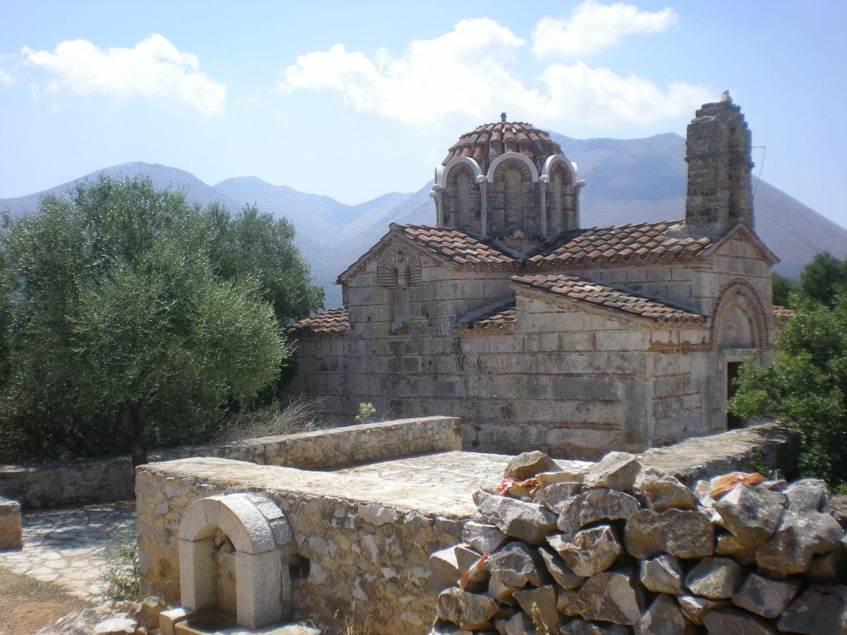 Εικ. 9. Όψη βυζαντινού ναού στη Μάνη (πηγή: προσωπικό αρχείο).