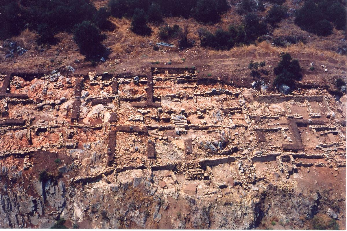 Άποψη της ανασκαφής στον Άγιο Κωνσταντίνο Πελασγίας.