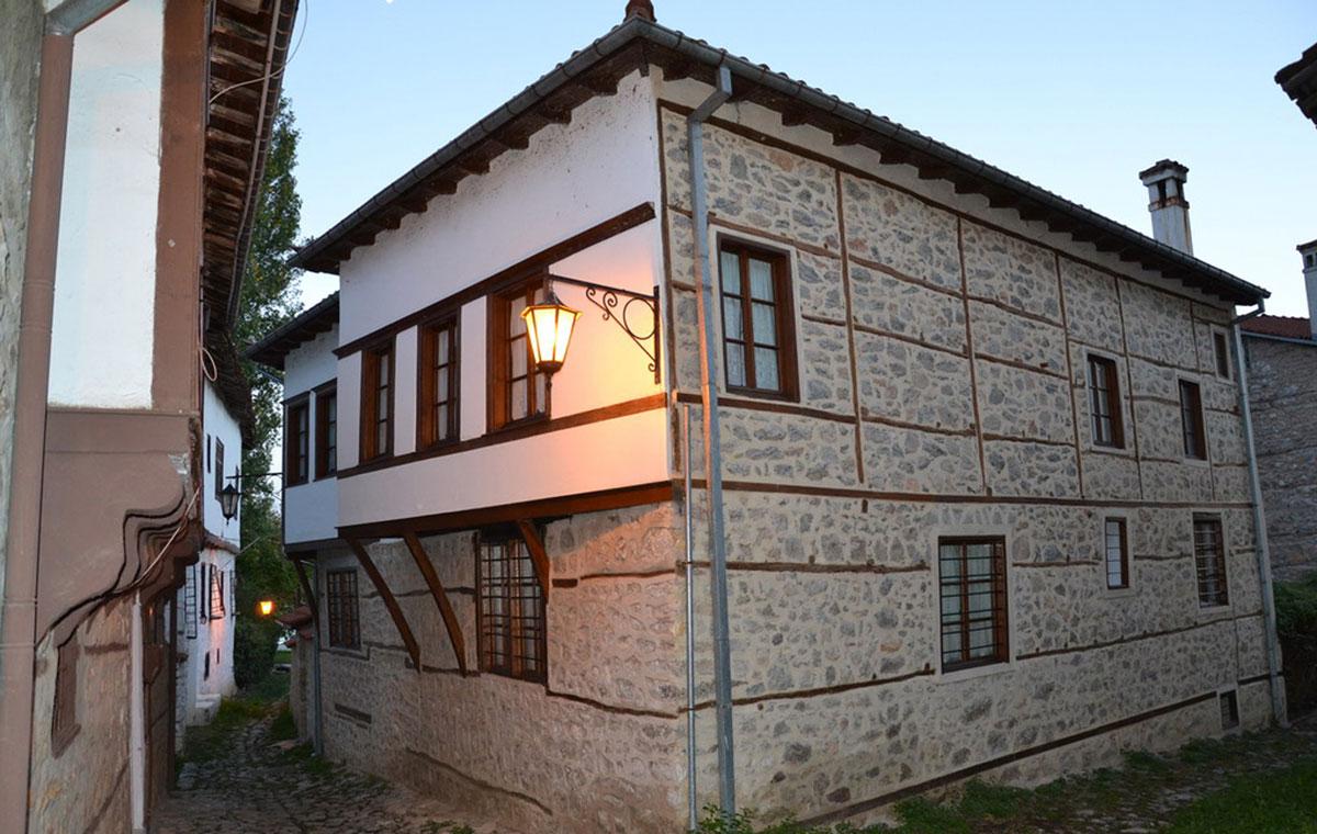 Το Αρχοντικό Φεραίου στο Ντολτσό (φωτ. ΑΠΕ-ΜΠΕ / Δήμος Καστοριάς).