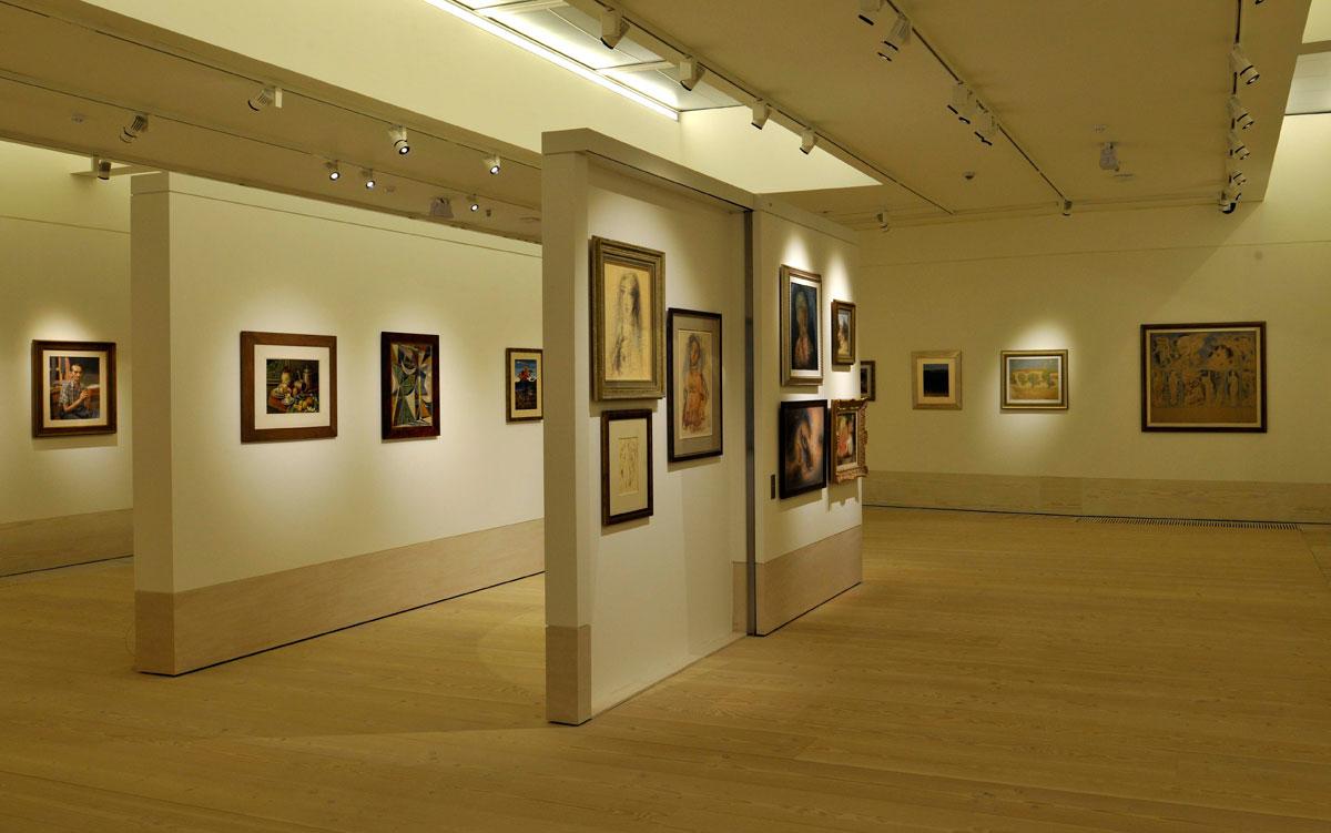 Λεβέντειος Πινακοθήκη: Άποψη της αίθουσας με την Ελληνική Συλλογή.