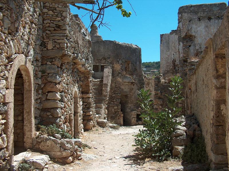 Εικ. 2. Άποψη του εσωτερικού του Κάστρου του Μυλοποτάμου (φωτ. Kythera.gr).