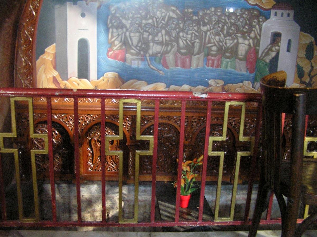 Εικ. 10. Ακτίνες φωτός στον τάφο του κτήτορα (Δεκέμβριος, ώρα 11:30).