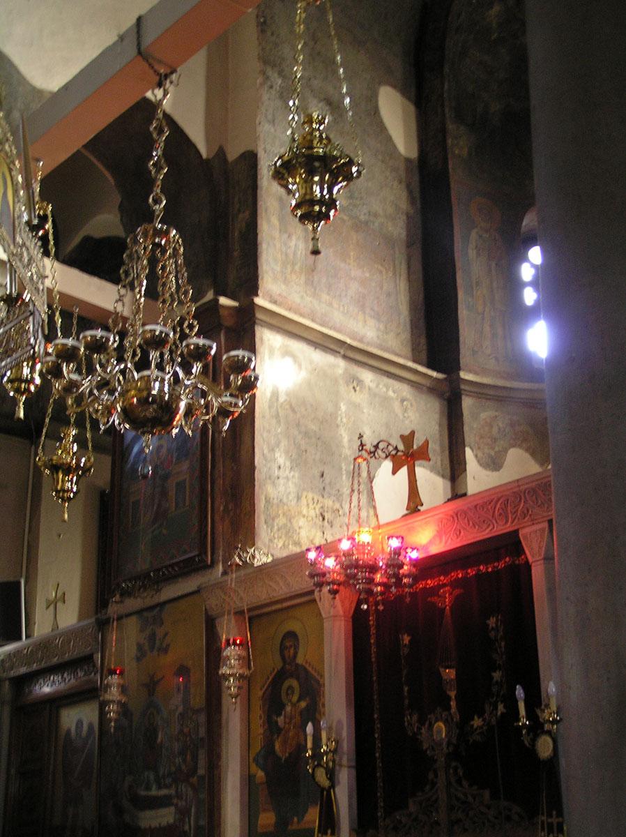 Εικ. 8. Το φως στις τοιχογραφίες της βόρειας πλευράς της κόγχης του ιερού (Δεκέμβριος, ώρα 10:10).