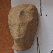 Αρχαία γυναικεία κεφαλή είχε στην κατοχή του 43χρονος στην Ηλεία