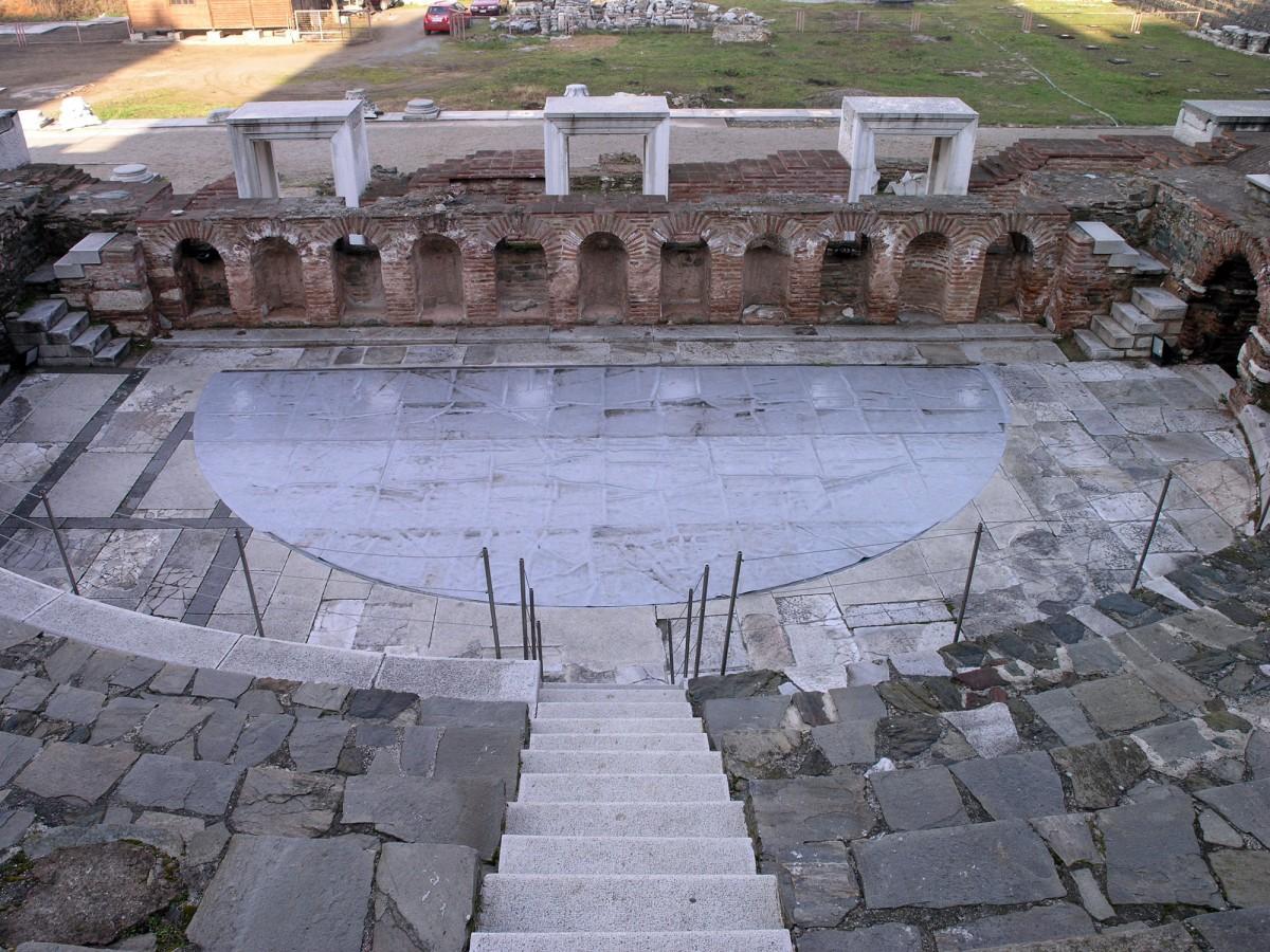 Το Ωδείο στη ρωμαϊκή αγορά της Θεσσαλονίκης.