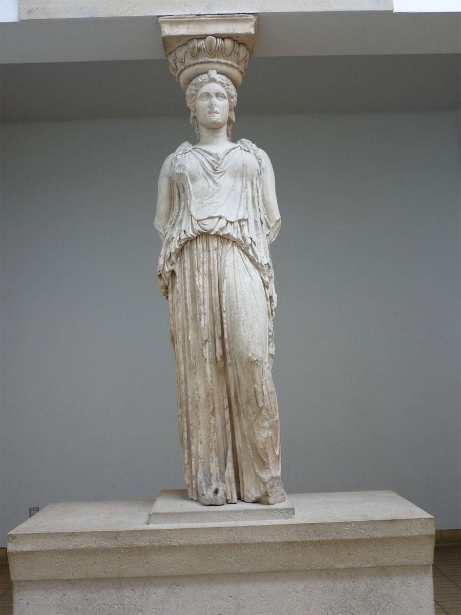 Η Καρυάτιδα που βρίσκεται σήμερα στο Βρετανικό Μουσείο.