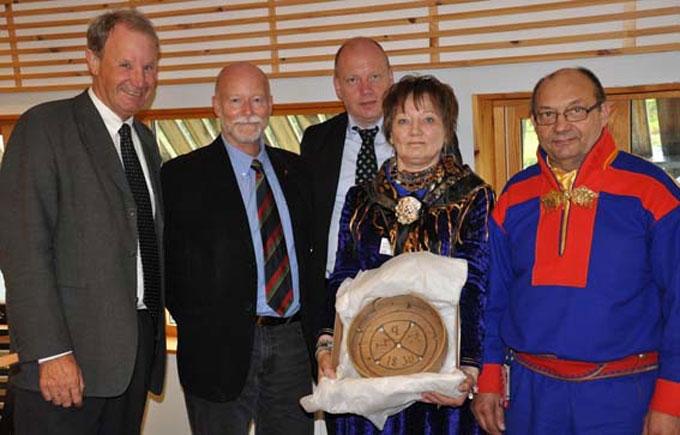 Εικ. 2. Το Λαογραφικό Μουσείο της Νορβηγίας επιστρέφει αντικείμενα στους ιθαγενείς Sami.