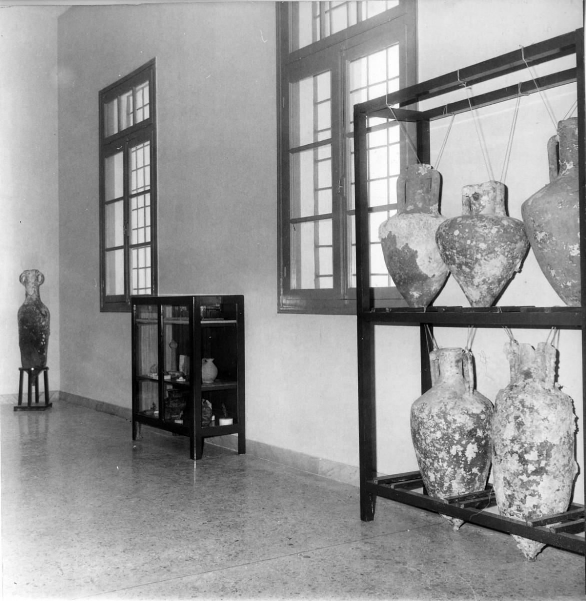 Η έκθεση στο κτήριο του Κυθηραϊκού Συνδέσμου (φωτ. Εφορεία Αρχαιοτήτων Δυτικής Αττικής, Πειραιώς και Νήσων).