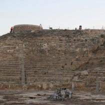 Νέα ευρήματα στο αρχαίο θέατρο της Νέας Πάφου