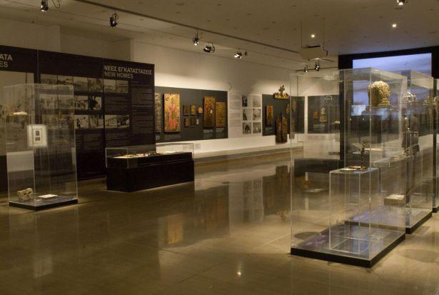 Εικ. 4. Άποψη της έκθεσης Άνθρωποι και Εικόνες: Κειμήλια Προσφύγων του Βυζαντινού και Χριστιανικού Μουσείου, 2009. ©Βυζαντινό και Χριστιανικό Μουσείο.