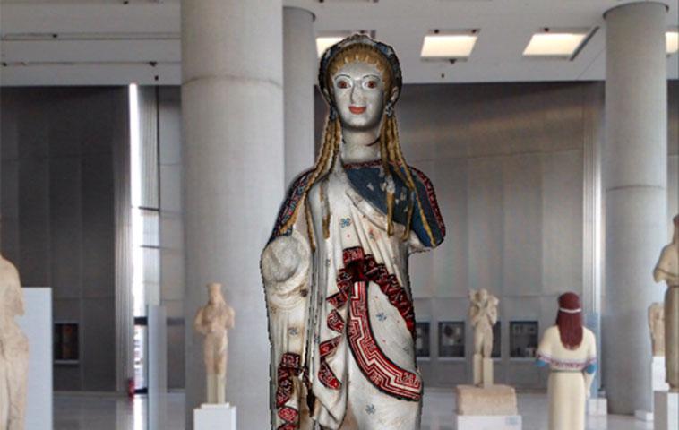 Εικ. 3. Εικόνα από εφαρμογή επαυξημένης πραγματικότητας στο Μουσείο Ακρόπολης στο πλαίσιο του CHESS πρότζεκτ. Η εικόνα αναπαράγεται από τον ιστότοπο του πρότζεκτ http://www.chessexperience.eu.