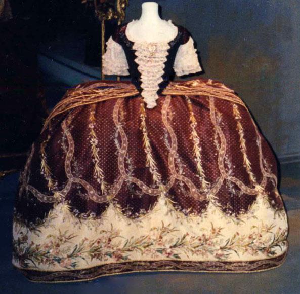 Μουσείο FIDM: φουστάνι της Μαρίας Αντουανέτας.