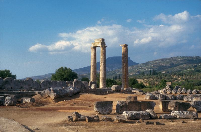 Ο ναός του Νεμείου Διός. Άποψη από ΝΔ, 1999.