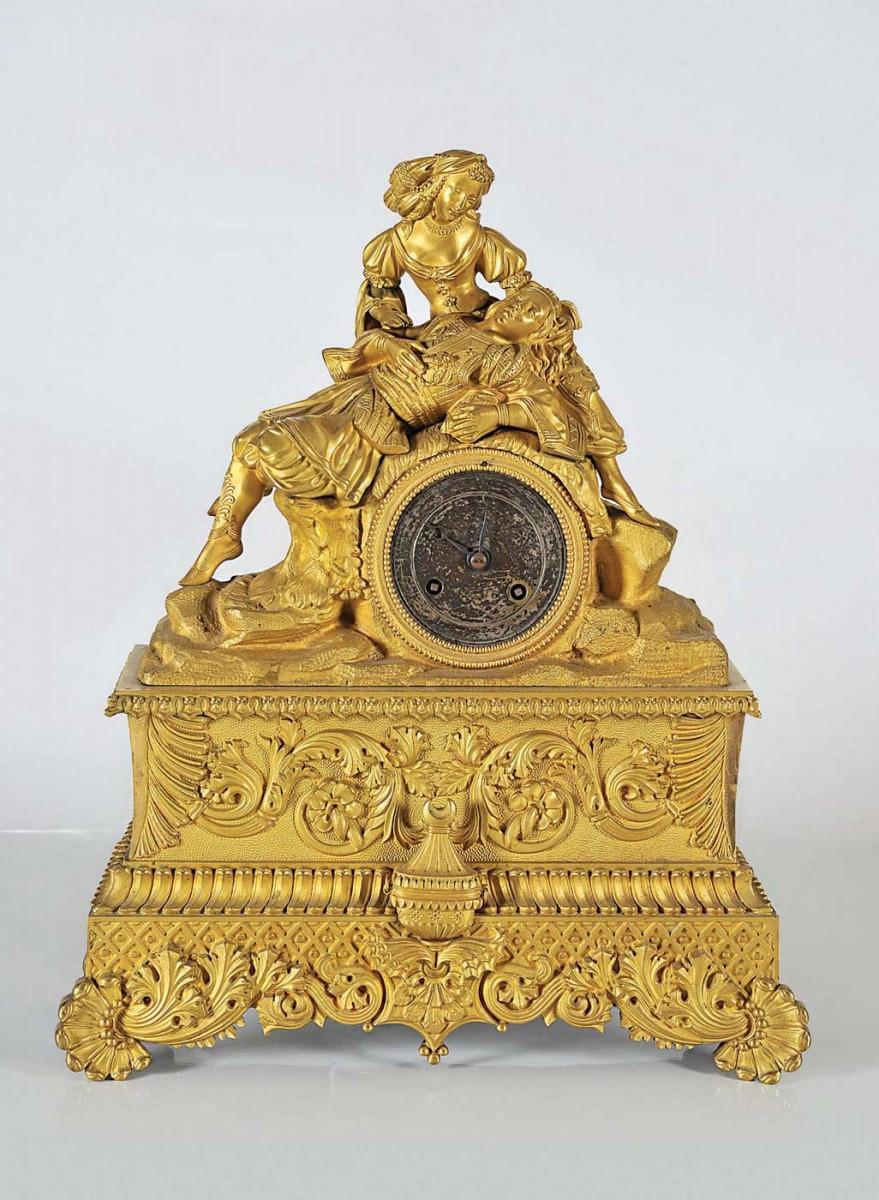 Ο Λόρδος Βύρωνας στην αγκαλιά της Ελλάδος. Επιτραπέζιο επίχρυσο ρολόι, 1830-40.