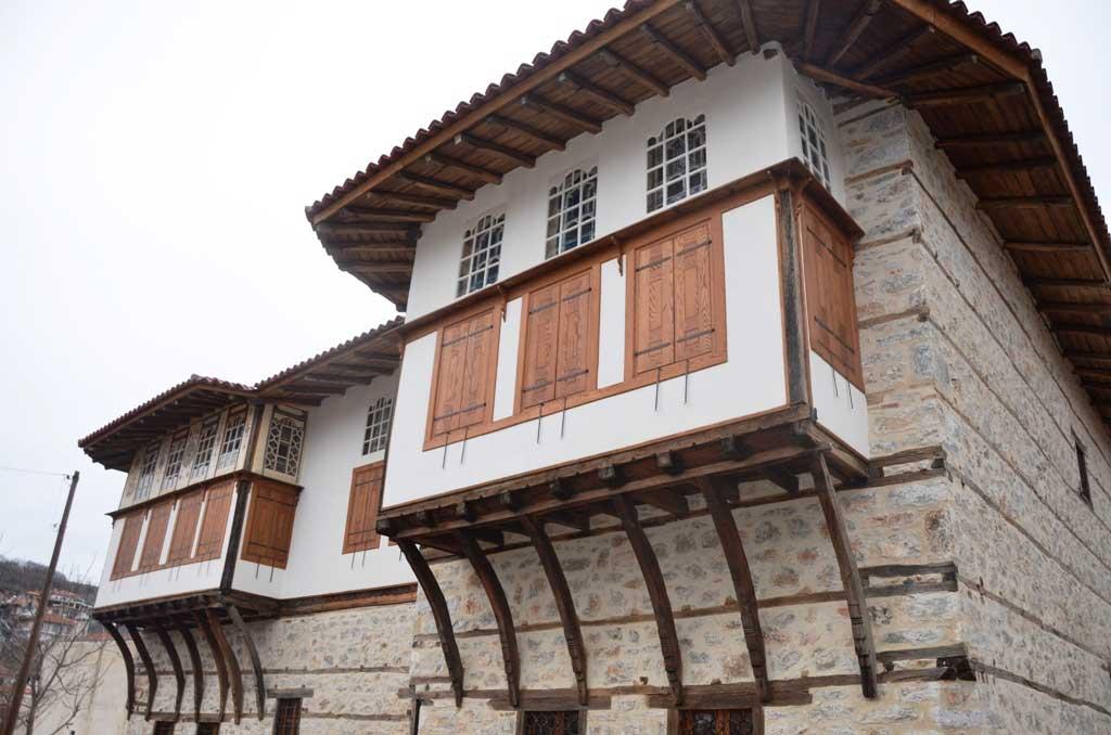 Το αρχοντικό της Πούλκως στη Σιάτιστα (φωτ. Εφορεία Αρχαιοτήτων Ημαθίας).