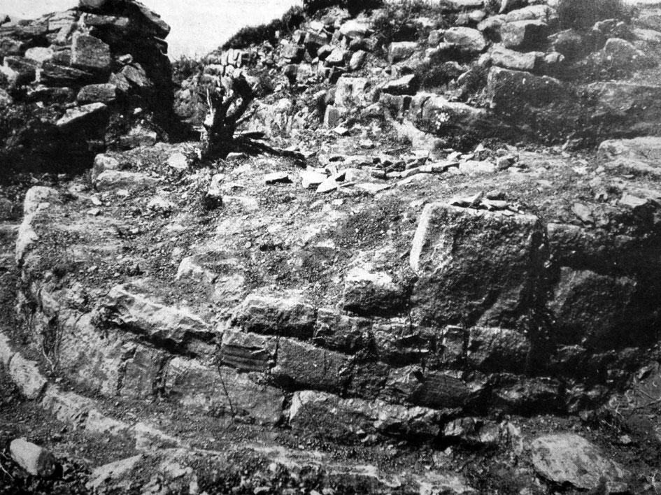 Εικ. 11. Αρκάδες, Προφήτης Ηλίας: ελληνιστικός κυκλικός οχυρωματικός πύργος.