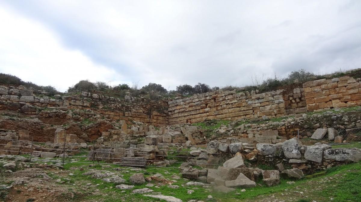 Εικ. 14. Το τείχος της Απτέρας, δυτική πλευρά (φωτ. ΚΕ΄ ΕΠΚΑ).
