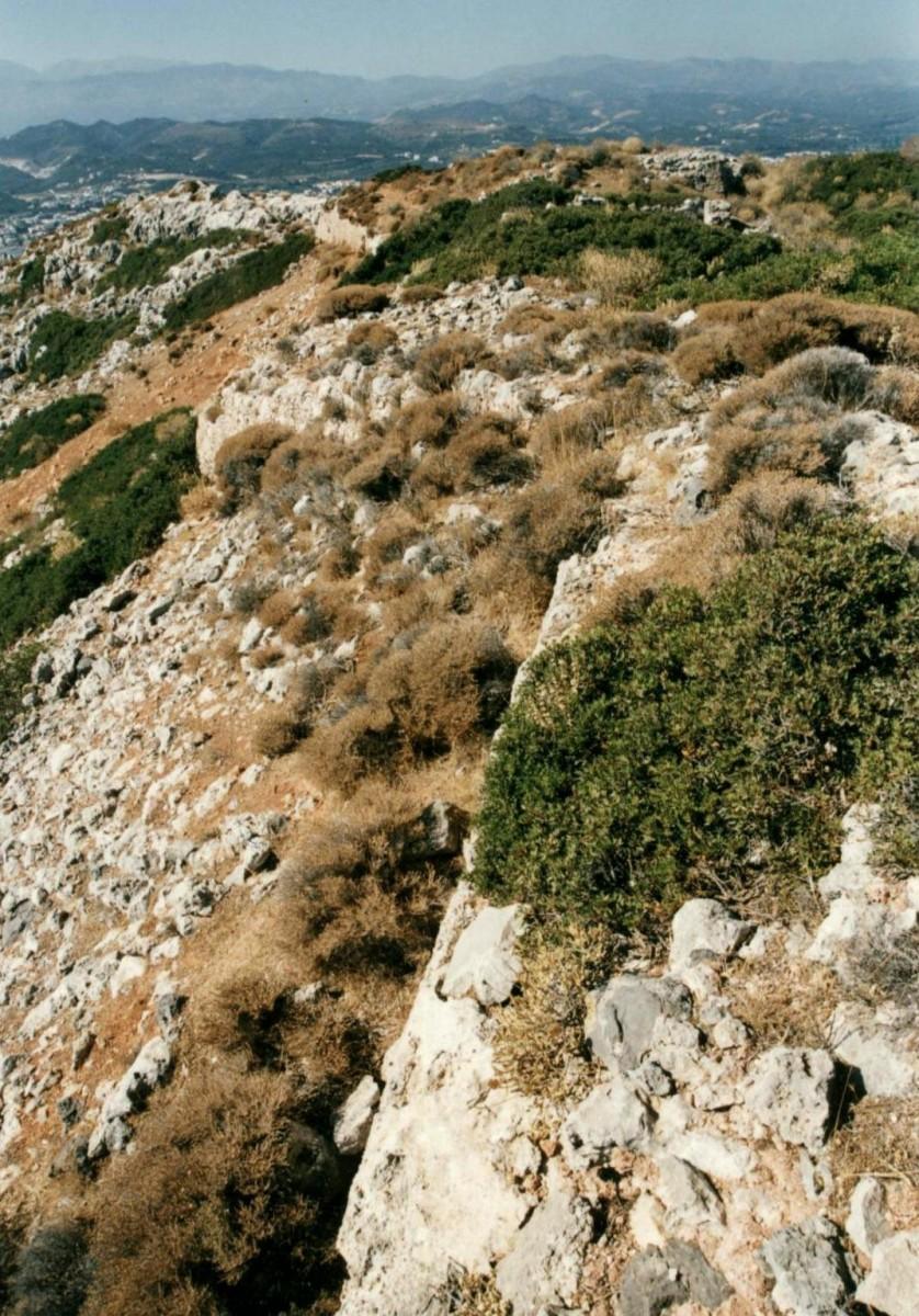 Εικ. 25. Νησί των Αγίων Θεοδώρων (Θοδωρού), το άνω φρούριο (Turluru).