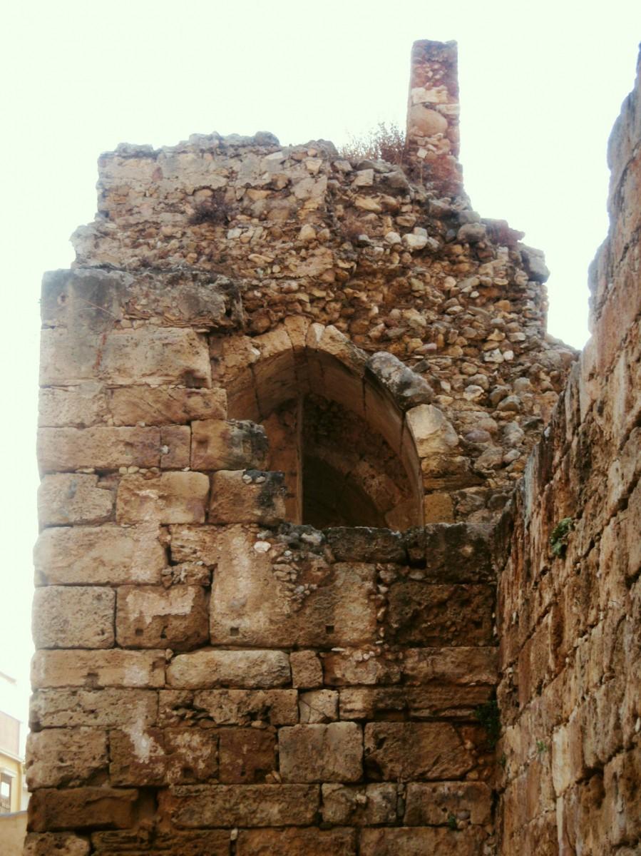 Εικ. 5. Χανιά, επεμβάσεις των Βενετών στο πρωτοβυζαντινό τείχος.