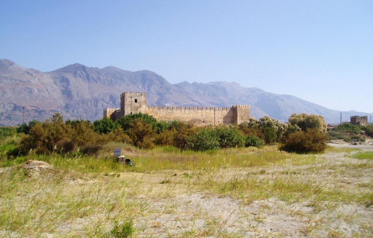 Εικ. 9. Το φρούριο Φραγκοκάστελο Σφακίων από νότια.