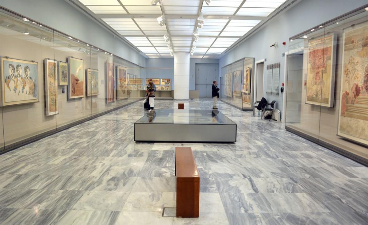 Η έκθεση των μινωικών τοιχογραφιών (Αίθουσα ΧΙΙΙ) στο Αρχαιολογικό Μουσείο Ηρακλείου (φωτ. Εφορεία Αρχαιοτήτων Ηρακλείου).