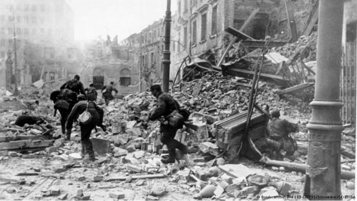 Εικ. 10. Ερείπια του Β' Παγκοσμίου Πολέμου.