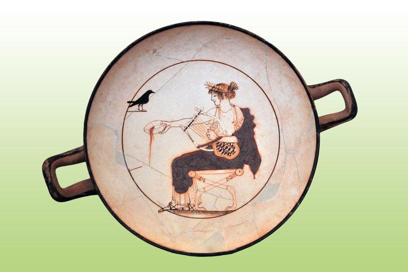 Ο θεός Απόλλωνας. Λευκή κύλικα, 480-470 π.Χ. Αρχαιολογικό Μουσείο Δελφών.