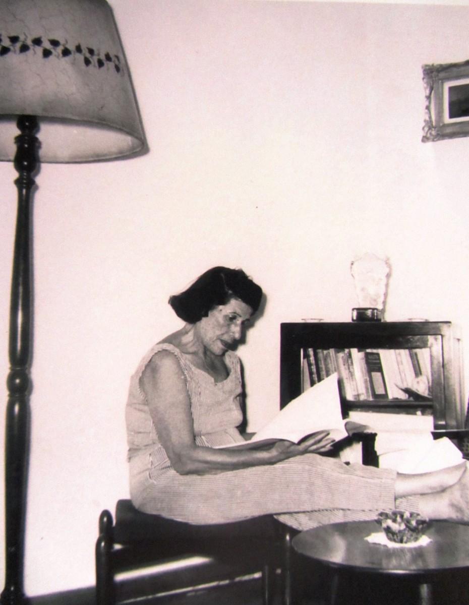 Εικ. 7. Πόλη, πολίτες πολιτική. Η Γεωργία Βασιλειάδου τη δεκαετία του '50.