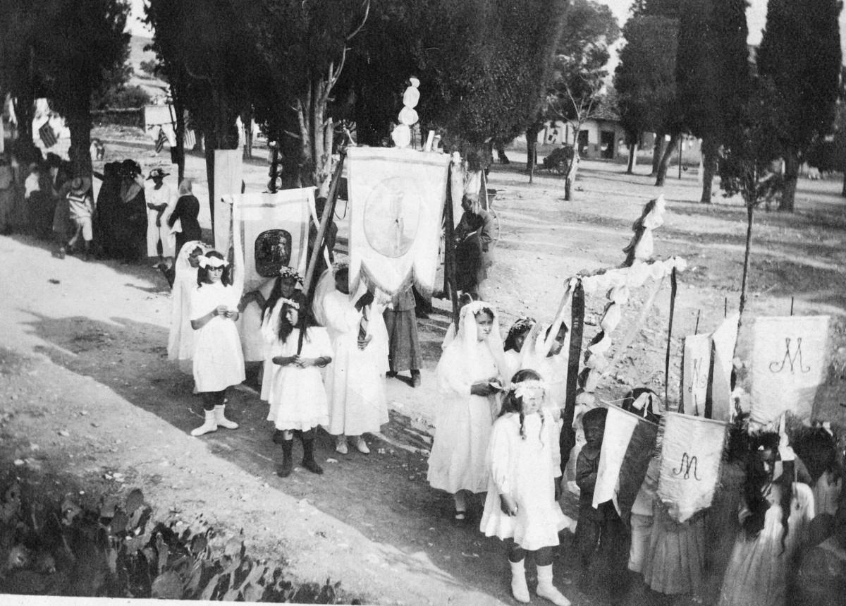 Εικ. 11. Θρησκευτικές τελετές, γιορτές και παραδόσεις. Αγία Δωρεά, 23 Μαΐου 1921.