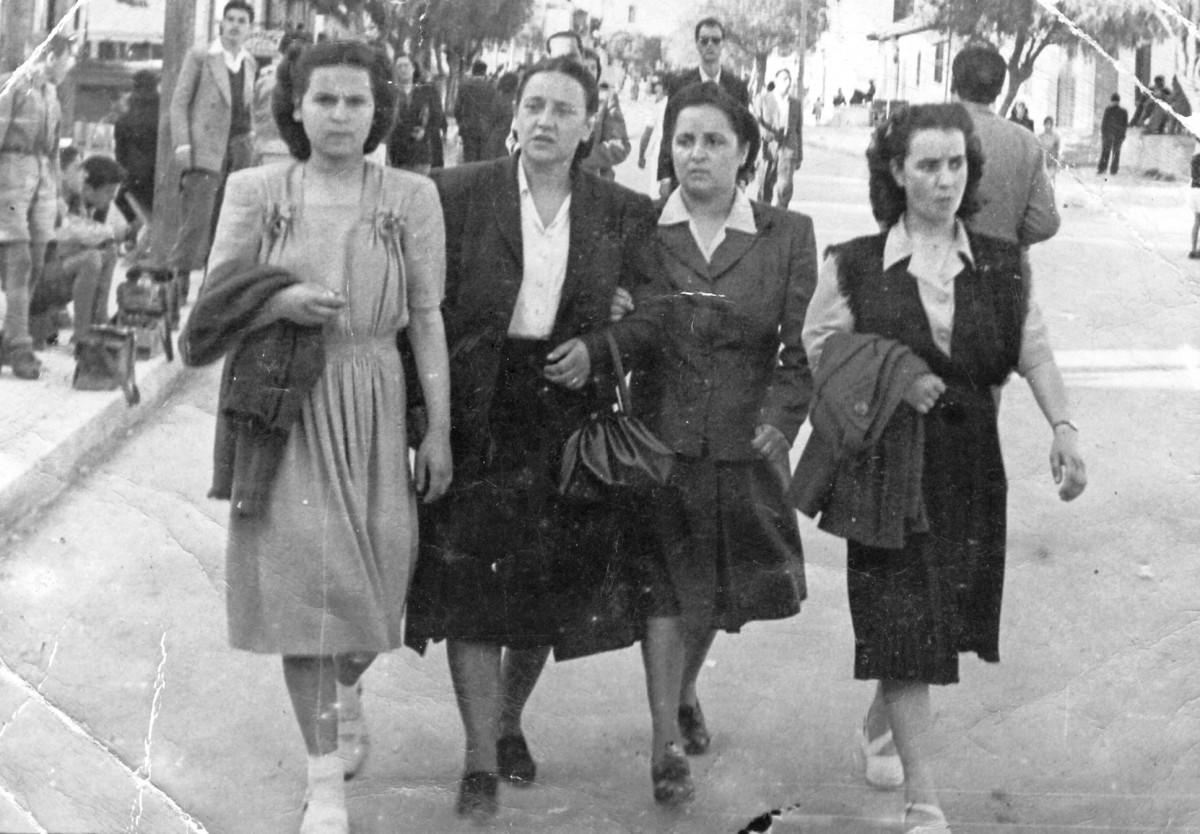 Εικ. 4. Η πόλη καθώς αλλάζει. Λεωφόρος Ηρακλείου, 1948.
