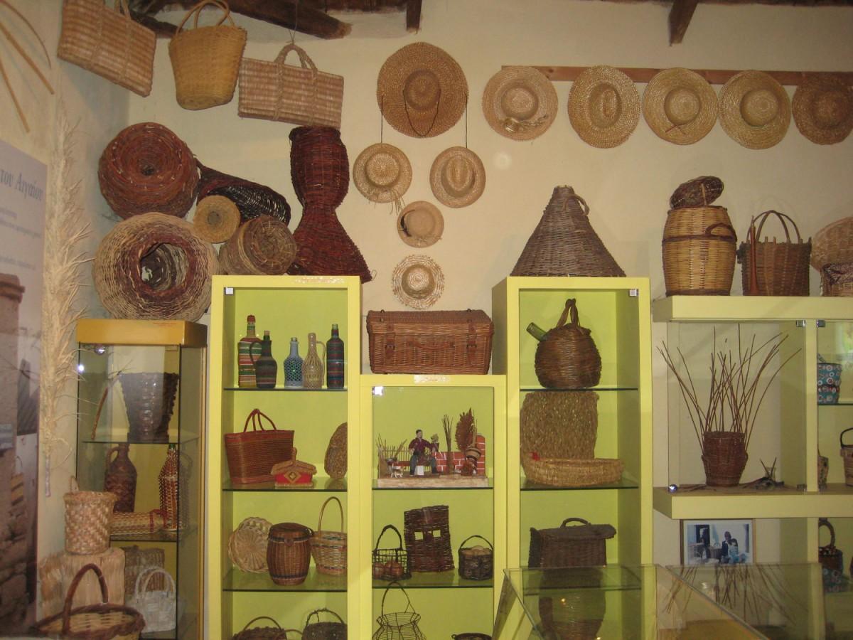Είκοσι χρόνια λειτουργίας συμπληρώνει φέτος το Μουσείο Καλαθοπλεκτικής των Ρομά, μοναδικό στο είδος του σε όλη την Ελλάδα.