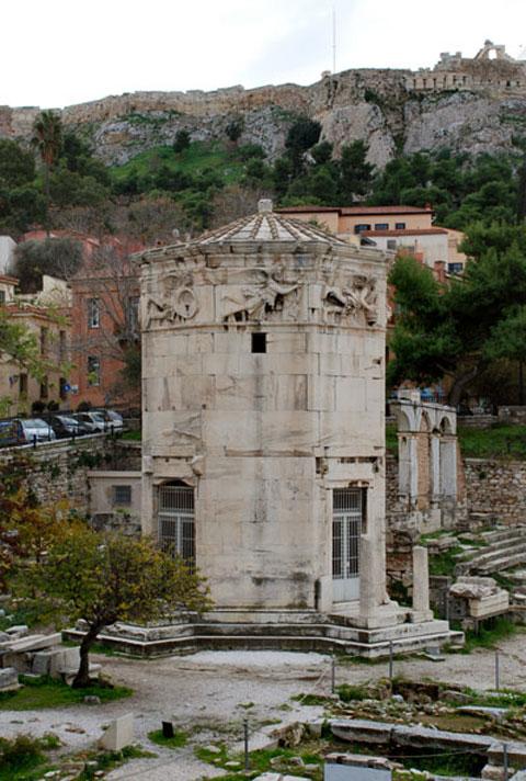 Ρωμαϊκή Αγορά Αθηνών – Ωρολόγιον Ανδρονίκου Κυρρήστου, άποψη από Βορρά (φωτ. ΥΠΟΠΑΙΘ).