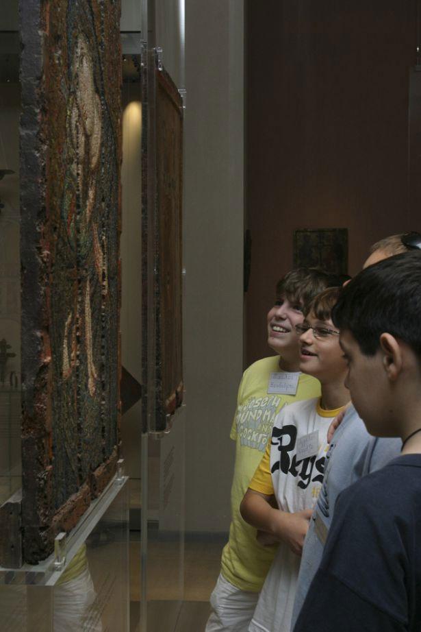 Eκπαιδευτικά προγράμματα για σχολικές ομάδες της Πρωτοβάθμιας και Δευτεροβάθμιας Εκπαίδευσης διοργανώνει το Βυζαντινό και Χριστιανικό Μουσείο.