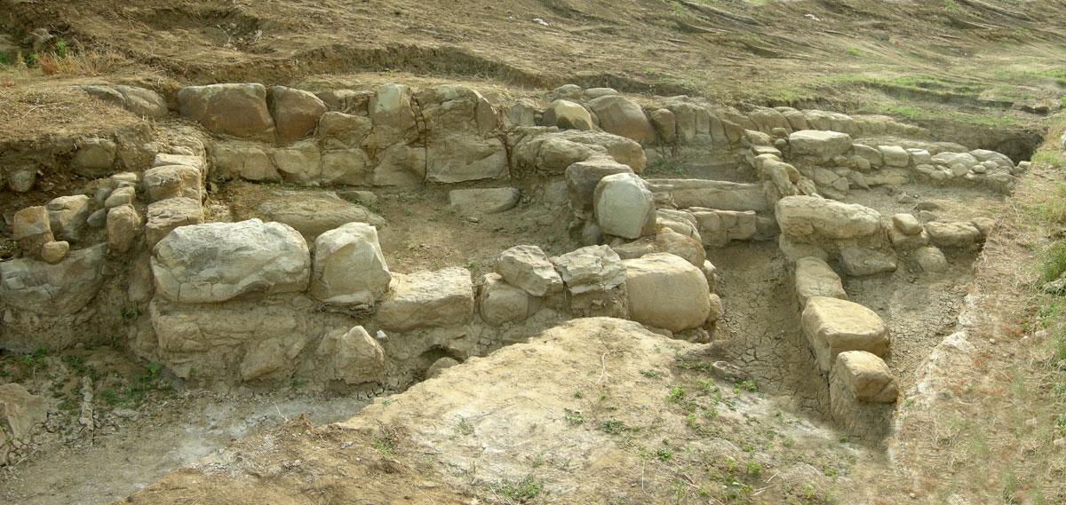 Συγκρότημα Αγροικίας Β (φωτ. Εφορεία Αρχαιοτήτων Άρτας).