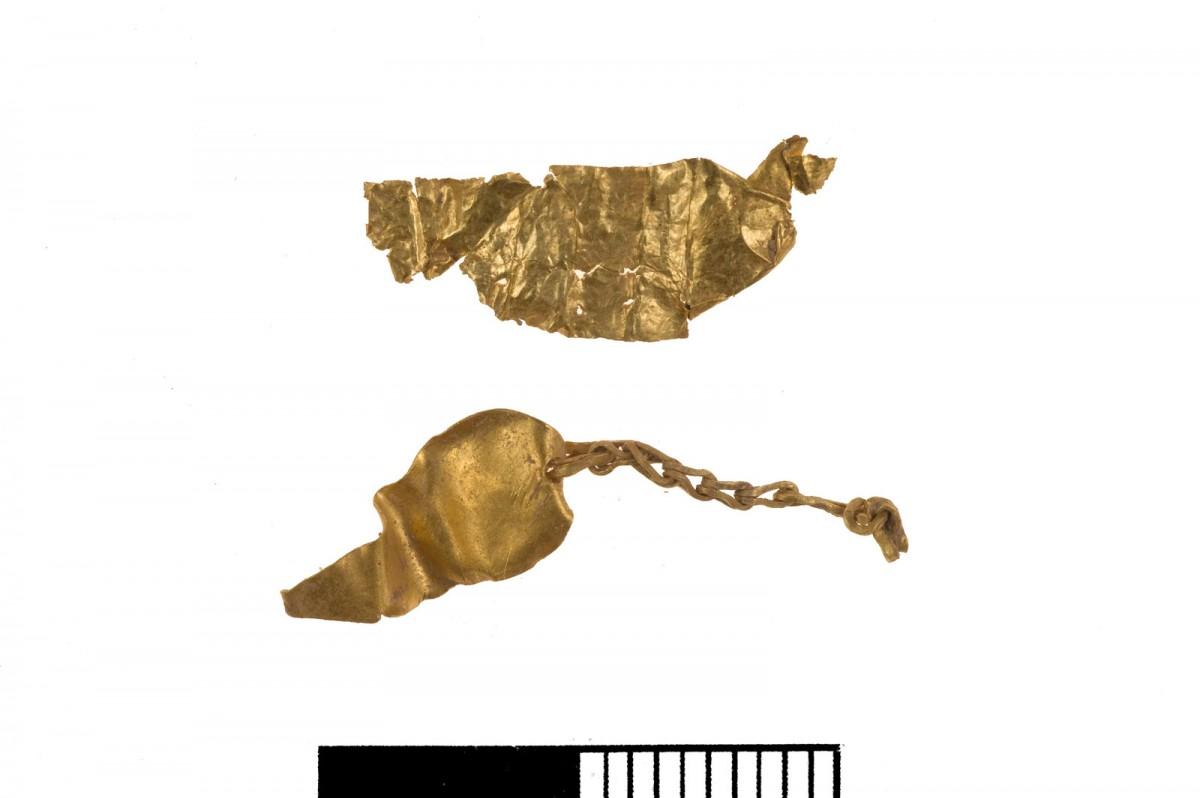Εικ. 6. Χρυσά κοσμήματα από το νεκροταφείο του Πετρά.