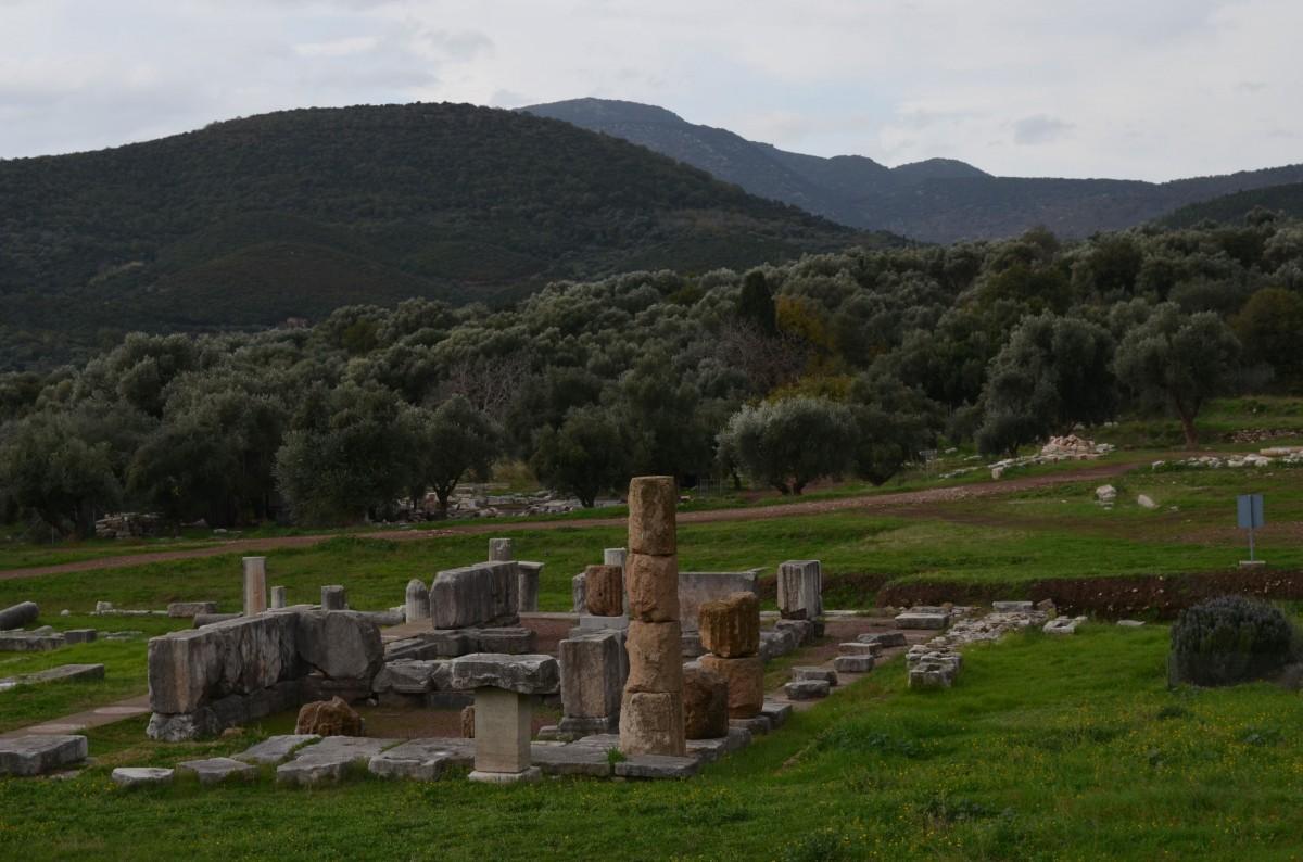 Αρχαία Μεσσήνη, ο ναός της θεοποιημένης μυθικής βασίλισσας Μεσσάνας.