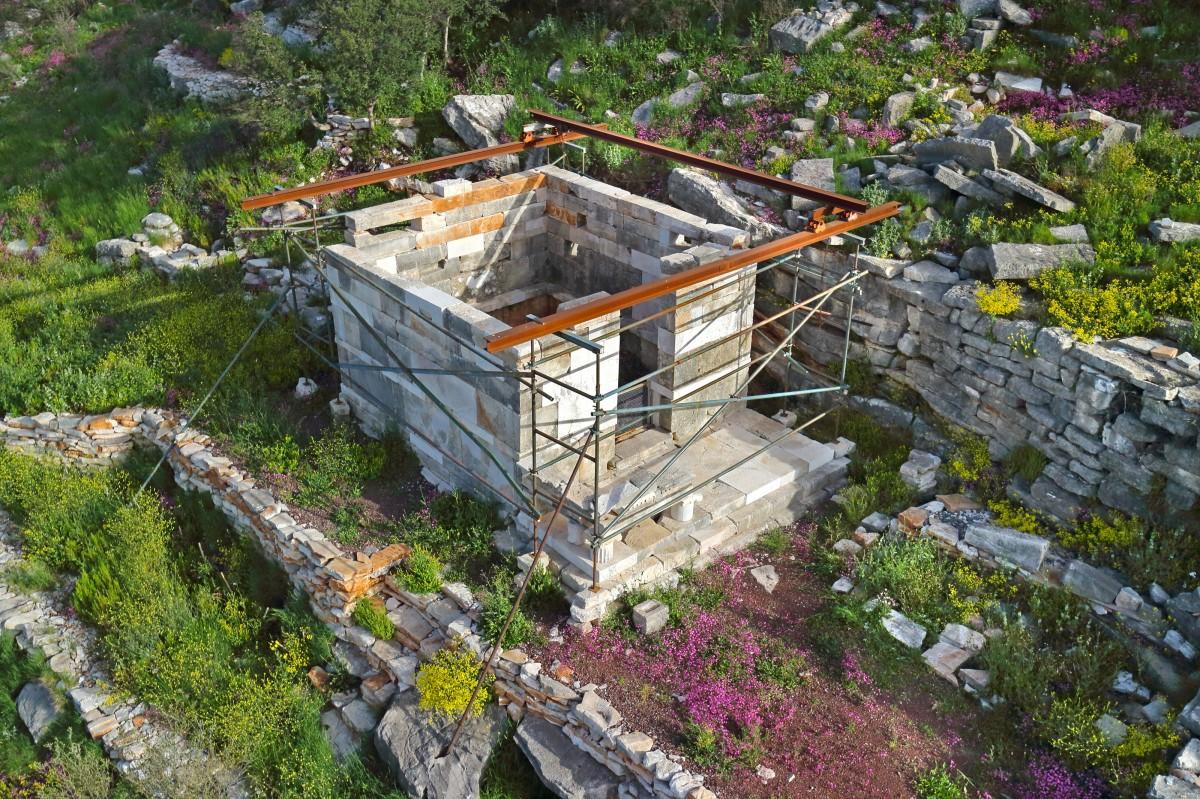 Αρχαία Μεσσήνη, ο ναός της Ειλειθυίας αναστηλωμένος.