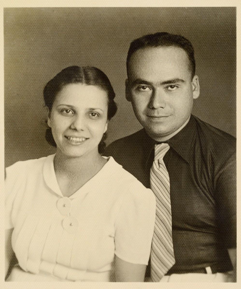 Τα αδέλφια Μαρία και Τάσος Βαλαδώρος.