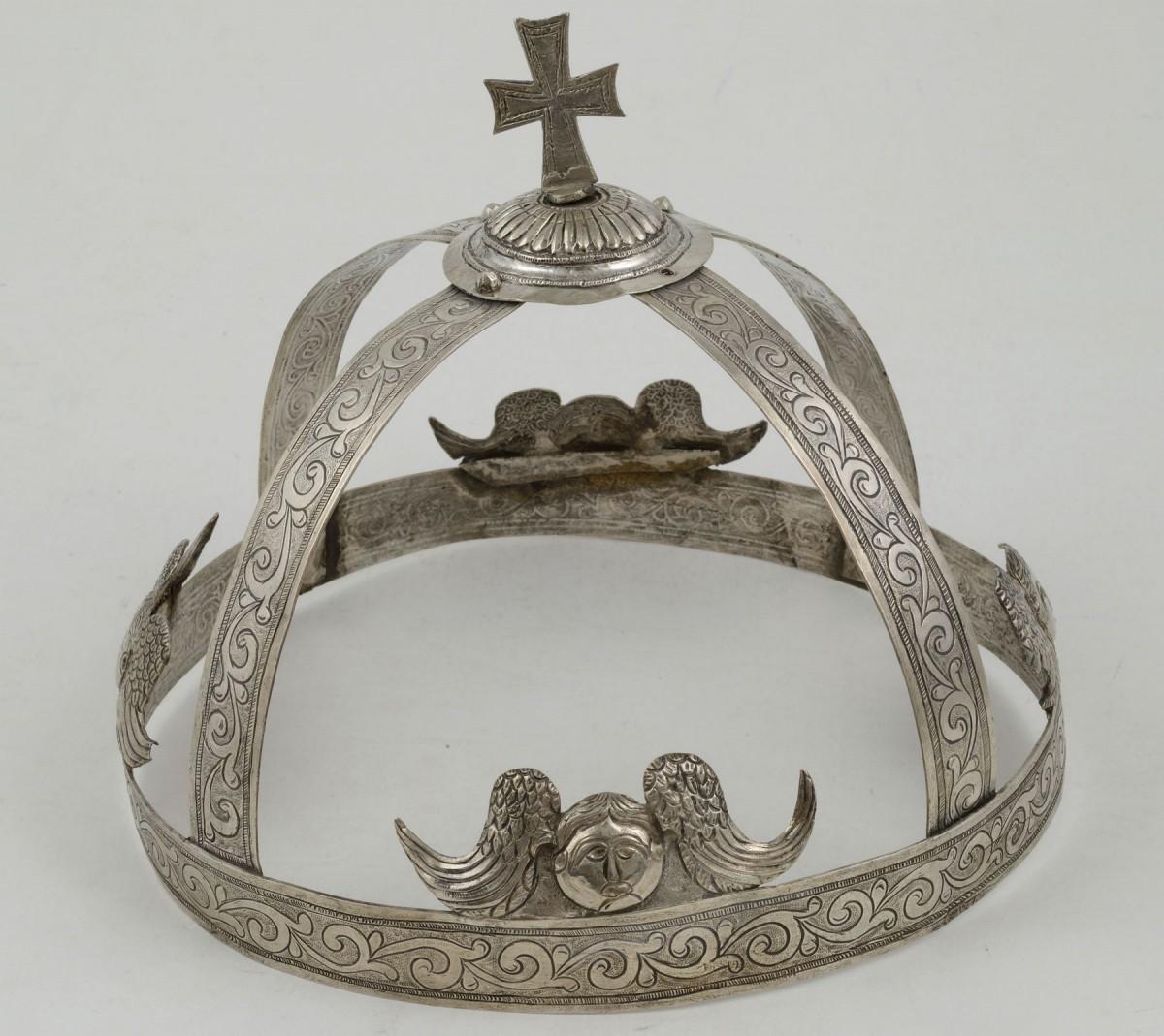 Στέφανα γάμου. 19oς αιώνας. Συλλογή Βαλαδώρου, Μουσείο Μπενάκη.
