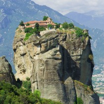 Οδοιπορικό σε μοναστήρια των Μετεώρων