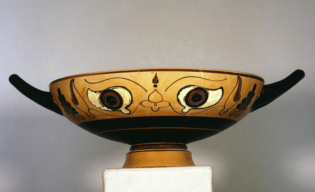 Mελανόμορφη «οφθαλμωτή» κύλικα,530-520 π.Χ.Συλλογή Ν.Π. Γουλανδρή, αρ. 702. Μουσείο Κυκλαδικής Τέχνης, Αθήνα.