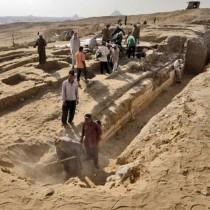 Πλοίο 4.500 ετών βρέθηκε θαμμένο στη νεκρόπολη του Αμπουσίρ