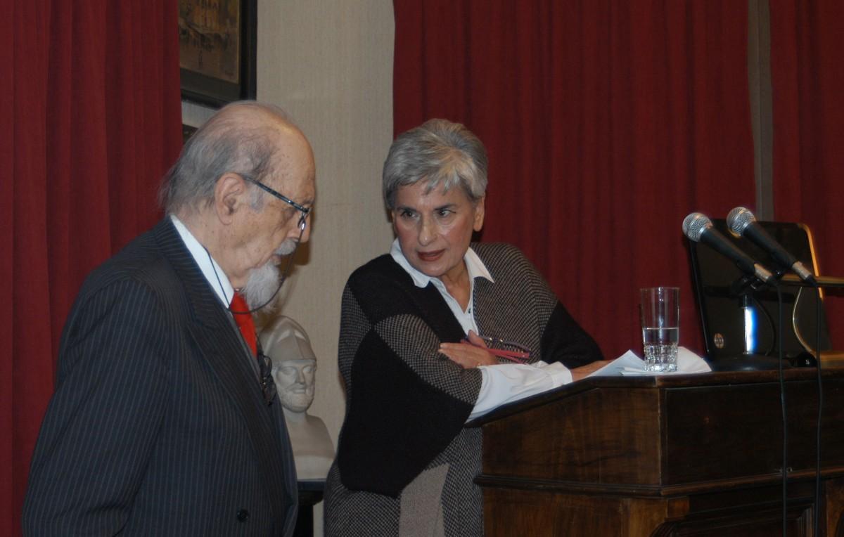 Εικ. 20. Ομιλία στην Εταιρία Μελέτης Αρχαίας Ελληνικής Τεχνολογίας. Με τον πρόεδρό της, ομότιμο καθηγητή κ. Θεοδόση Τάσιο, Δεκέμβριος 2015.