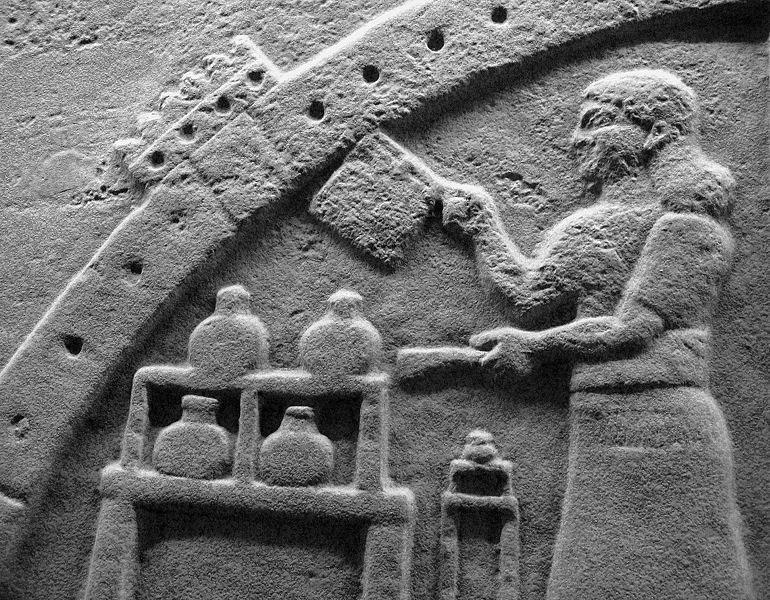 Ανάγλυφο από τη Νιμρούντ του Ιράκ, Βορειο-δυτικό ανάκτορο. Χρονολογείται επί της βασιλείας του Ασουρνασιρπάλ Β' (883-859 π.Χ.).